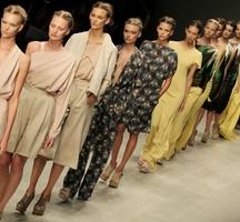 Models-catwalk-oct14